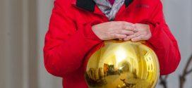 Damit sich alle gut vertragen: Aussteller-Schnaps ist Patentrezept der Mondseer Advent-Organisatorin