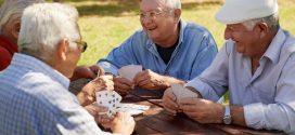 Mulatschak und co: Traditionelle Kartenspiele